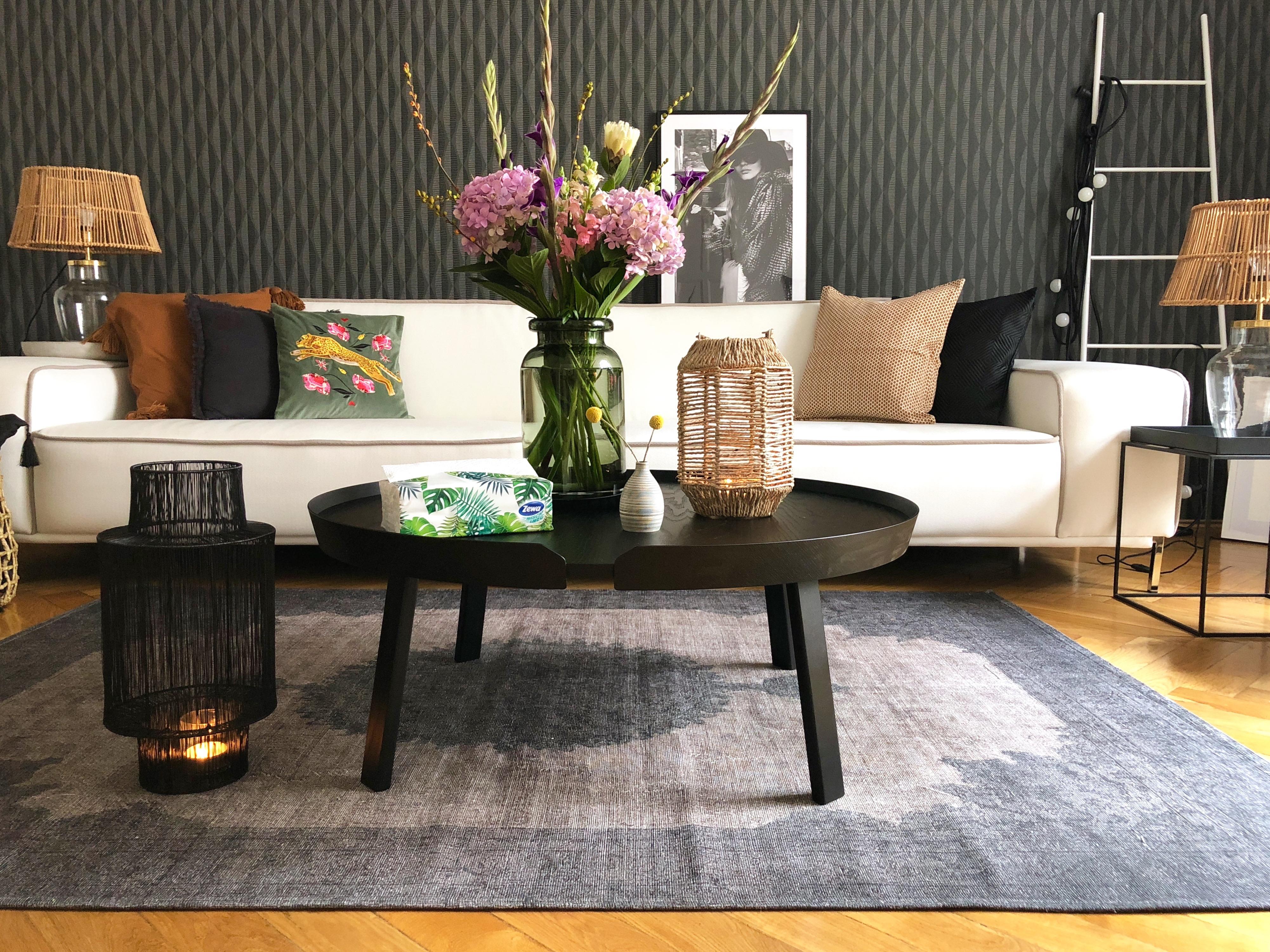 interior stilvolle momente f rs zuhause mit zewa wisch weg werbung sweet living interior. Black Bedroom Furniture Sets. Home Design Ideas